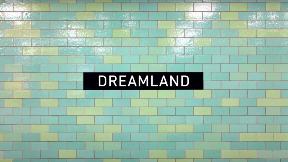 "Screenschot aus dem Musikvideo ""Dreamland"" von den Pet Shop Boys"