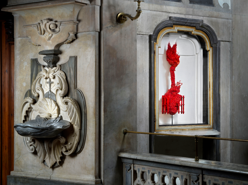 "Jan Fabre ""The Liberation Of Passion"", Installation View, Cappella del Pio Monte della Misericordia, Neapel"